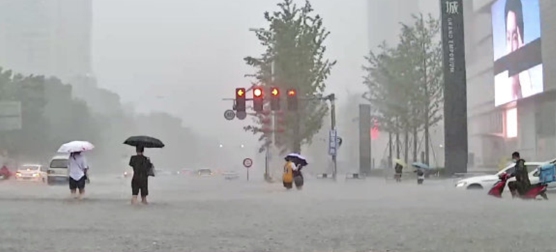 郑州持续大雨遭灾,众多互联网等新兴企业捐款支持救灾